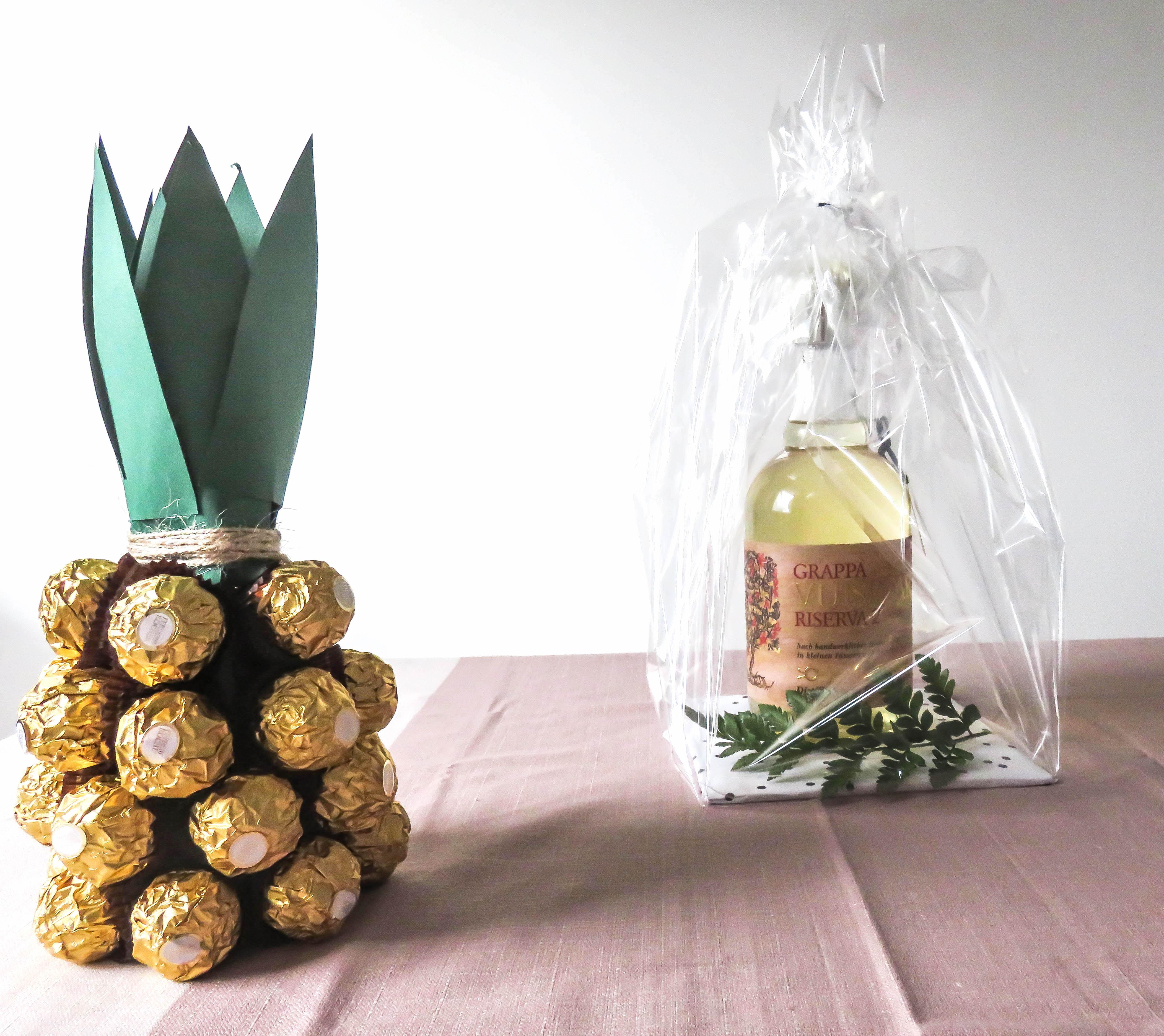 diy geschenkverpackung f r flaschen bonbont te. Black Bedroom Furniture Sets. Home Design Ideas